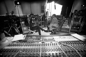 Dave Grohl And Sound Board, Sound City